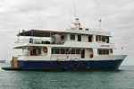 Galapagos Islands cruises, Lobo de Mar tourist cruise